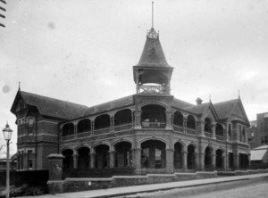 5.Weld Club Perth, opened 1892